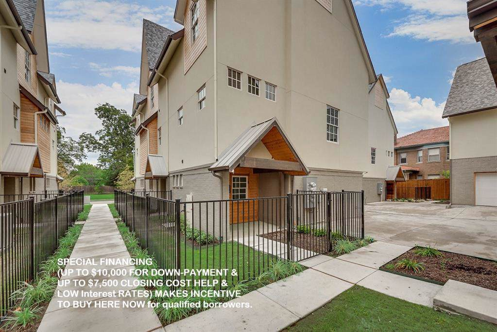 5089 Gaston Avenue - Photo 1