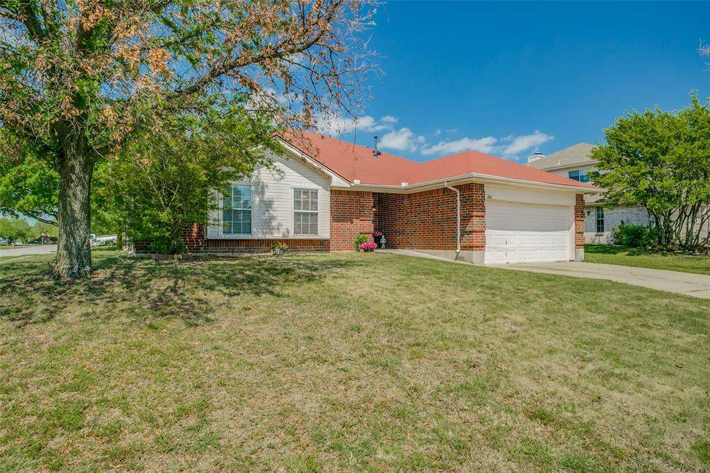 696 Chisolm Trail - Photo 1