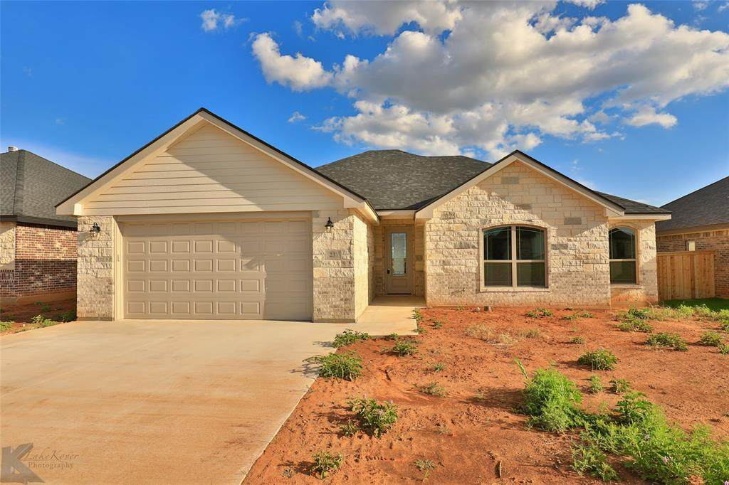 237 Carriage Hills Parkway - Photo 1