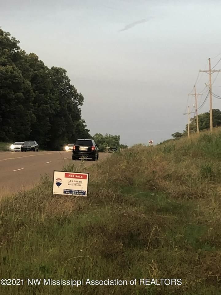 4980 Goodman Road - Photo 1