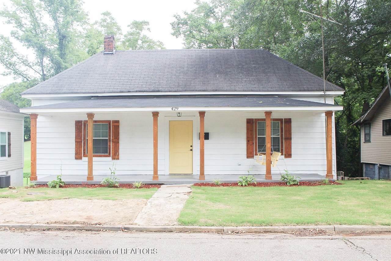 429 Oak Street - Photo 1