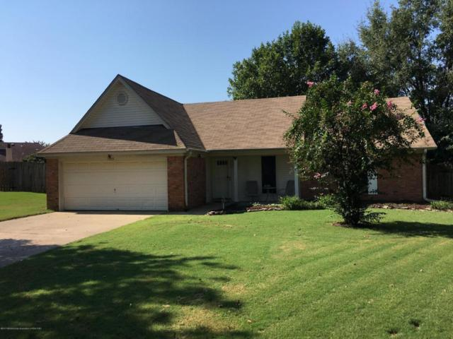 7393 Hunters Hollow, Southaven, MS 38671 (#312536) :: Eagle Lane Realty