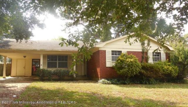 2311 Carrolton Drive, Southaven, MS 38671 (#312959) :: Berkshire Hathaway HomeServices Taliesyn Realty