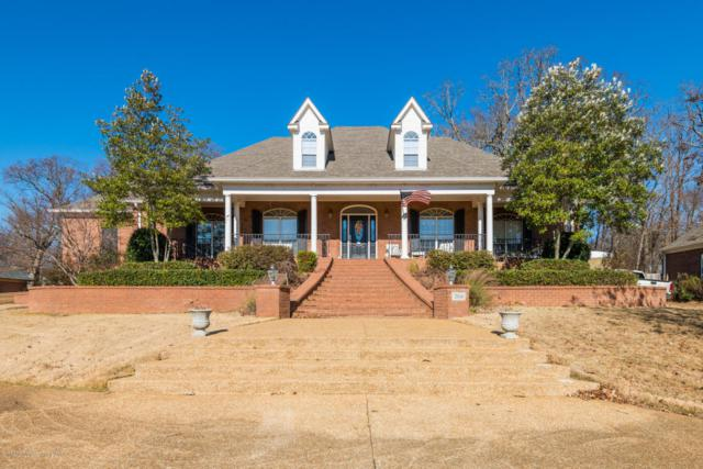 2016 Nottaway, Southaven, MS 38672 (#313840) :: Berkshire Hathaway HomeServices Taliesyn Realty