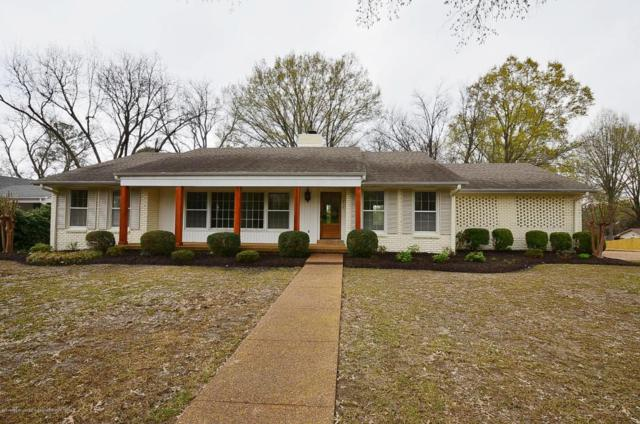 216 West Robinson Street, Hernando, MS 38632 (MLS #315548) :: The Home Gurus, PLLC of Keller Williams Realty