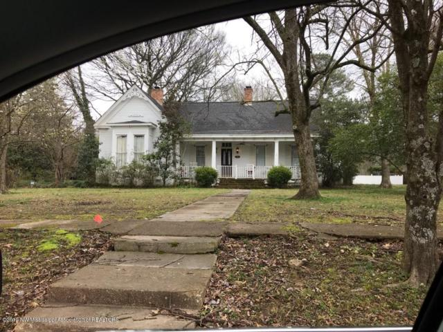 306 Sycamore Street, Como, MS 38619 (MLS #321440) :: Signature Realty
