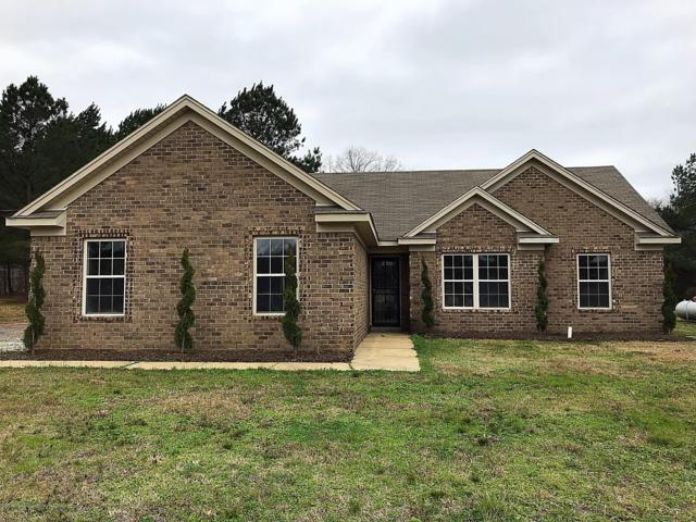 137 Beverly Lane, Holly Springs, MS 38635 (MLS #321647) :: Signature Realty