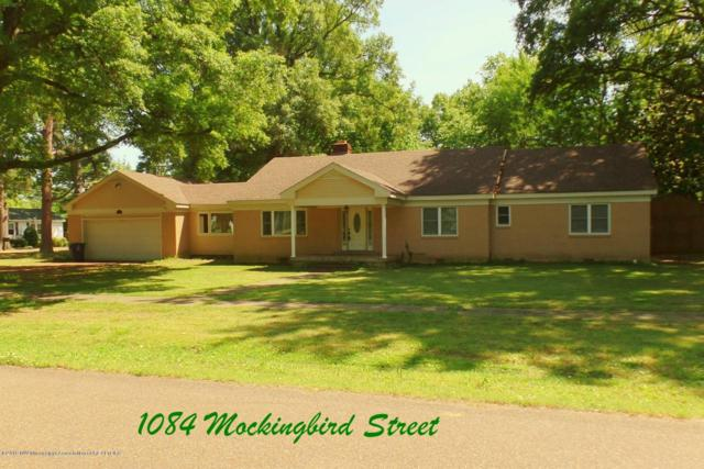 1084 Mockingbird Street, Tunica, MS 38676 (#322616) :: Berkshire Hathaway HomeServices Taliesyn Realty