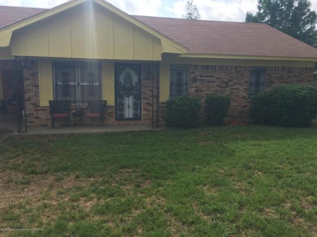 1126 N Park Cove, Tunica, MS 38676 (#322946) :: Berkshire Hathaway HomeServices Taliesyn Realty