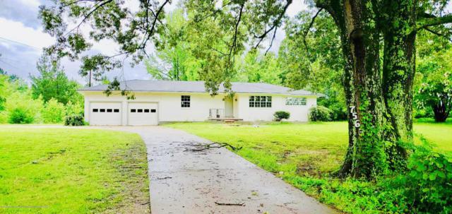7563 W Sandidge Road, Olive Branch, MS 38654 (#324038) :: Berkshire Hathaway HomeServices Taliesyn Realty