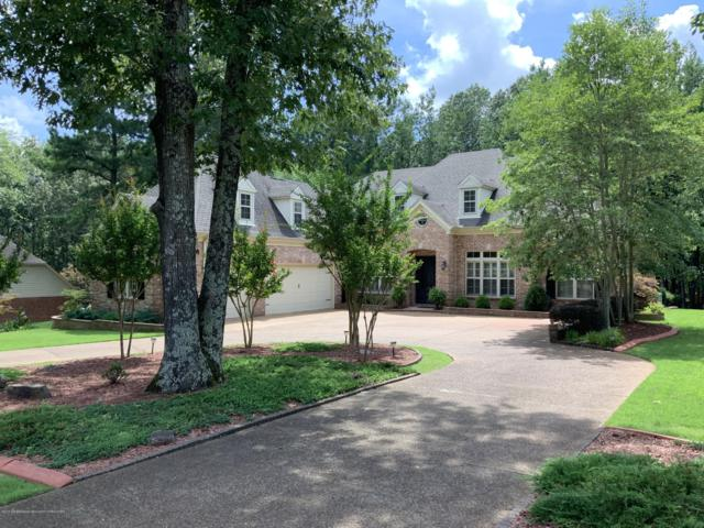 6235 Autumn Oaks Drive, Olive Branch, MS 38654 (#324045) :: Berkshire Hathaway HomeServices Taliesyn Realty