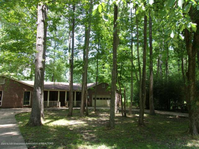 322 Cedar Oaks Circle, Byhalia, MS 38611 (MLS #324100) :: Signature Realty