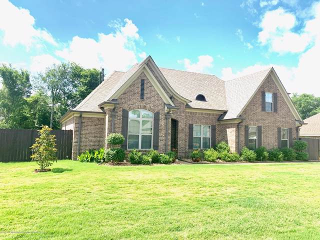 8843 S Courtly Circle, Olive Branch, MS 38654 (#325303) :: Berkshire Hathaway HomeServices Taliesyn Realty