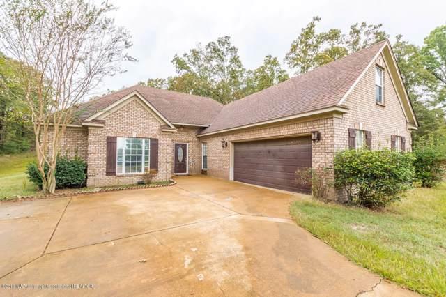 231 Timber Ridge Drive, Byhalia, MS 38611 (MLS #325737) :: Gowen Property Group | Keller Williams Realty