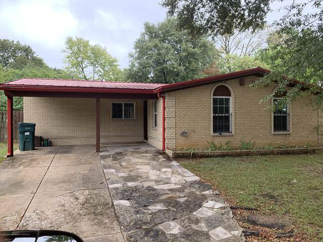 1598 Custer Drive, Southaven, MS 38671 (MLS #327710) :: The Live Love Desoto Group