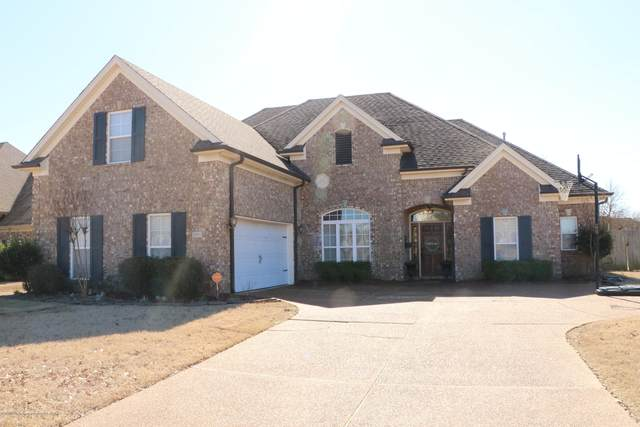2895 Summer Oaks Place, Southaven, MS 38672 (MLS #327808) :: The Live Love Desoto Group
