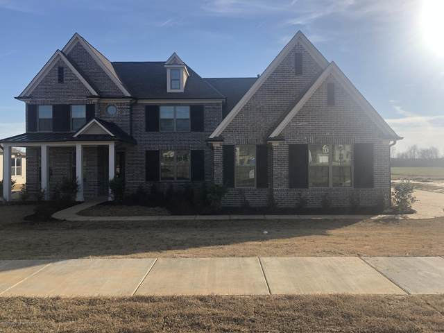 13917 Highlands Crest Dr., Olive Branch, MS 38654 (MLS #327814) :: The Live Love Desoto Group