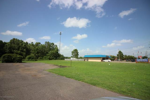 2550 Goodman Road, Horn Lake, MS 38637 (MLS #329889) :: The Live Love Desoto Group