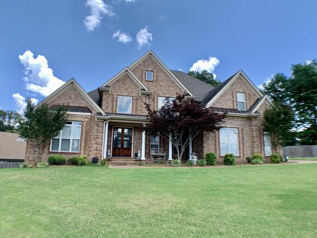 1580 Cedar Lake Circle, Hernando, MS 38632 (MLS #330263) :: The Live Love Desoto Group