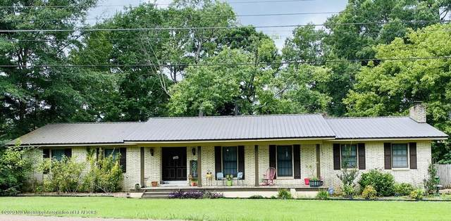 201 Vick Street, Batesville, MS 38606 (MLS #331231) :: The Home Gurus, Keller Williams Realty