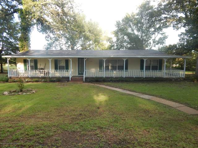 110 Pine Tree Drive, Senatobia, MS 38668 (MLS #331235) :: The Home Gurus, Keller Williams Realty