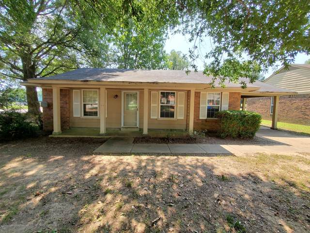 3455 Laurel Drive, Horn Lake, MS 38637 (MLS #331477) :: The Live Love Desoto Group