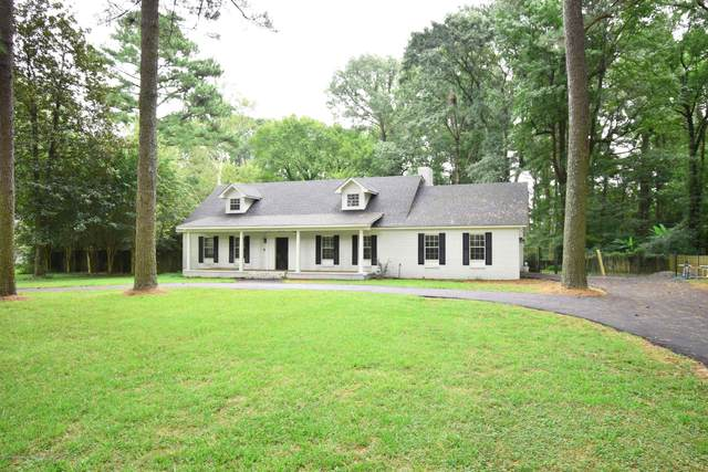 811 Country Club Drive, Senatobia, MS 38668 (MLS #331496) :: The Live Love Desoto Group