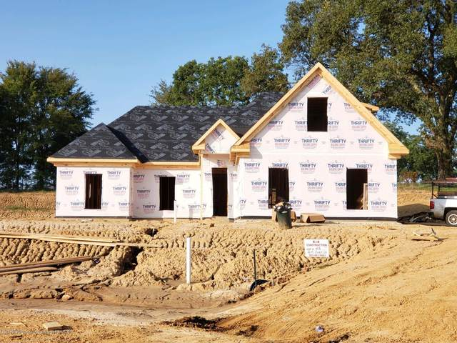 214 Cadet Drive, Senatobia, MS 38668 (MLS #331541) :: The Home Gurus, Keller Williams Realty