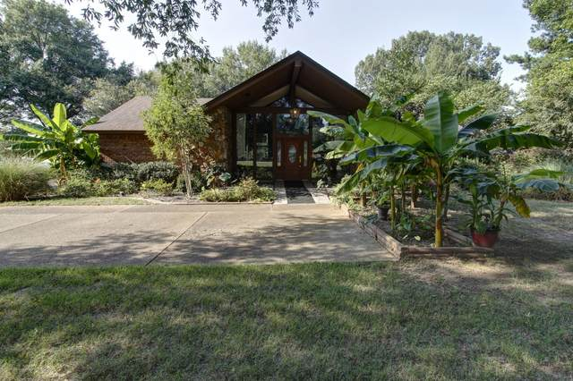 851 W Green T Boulevard, Hernando, MS 38632 (MLS #331595) :: The Live Love Desoto Group