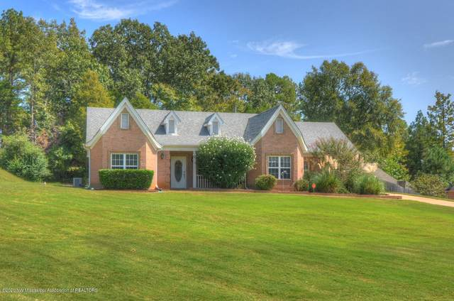 3410 Cypress Lake Drive, Olive Branch, MS 38654 (MLS #331598) :: The Live Love Desoto Group