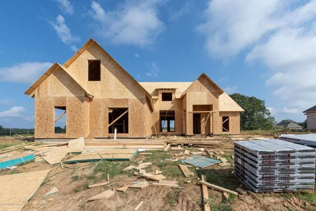 211 Cadet Drive, Senatobia, MS 38668 (MLS #331737) :: Gowen Property Group | Keller Williams Realty