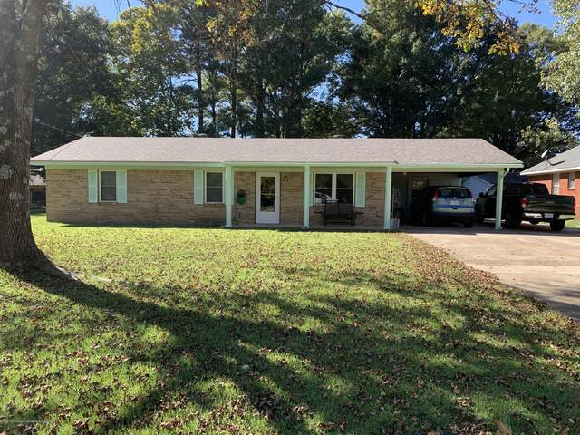 122 Mcclure Street, Senatobia, MS 38668 (MLS #332075) :: The Justin Lance Team of Keller Williams Realty
