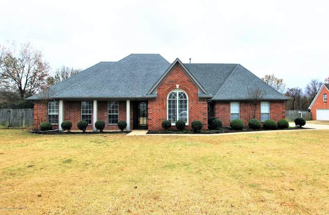 5719 Paloma Drive, Olive Branch, MS 38654 (MLS #332935) :: The Live Love Desoto Group