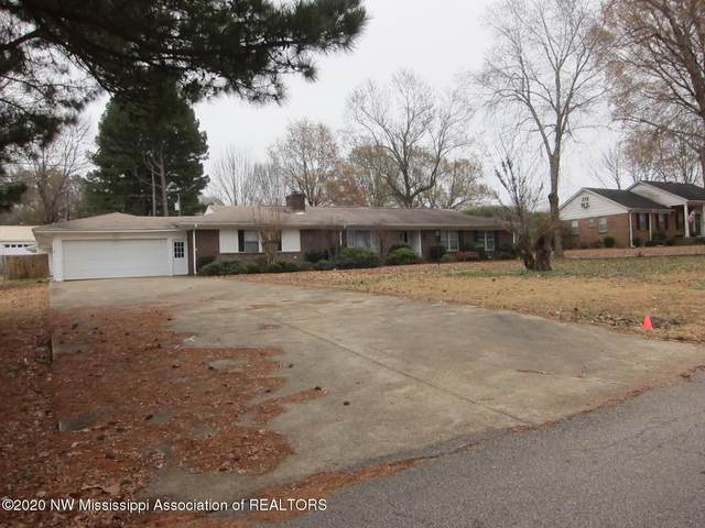 6844 Meadowbrook Drive, Olive Branch, MS 38654 (MLS #333168) :: Signature Realty