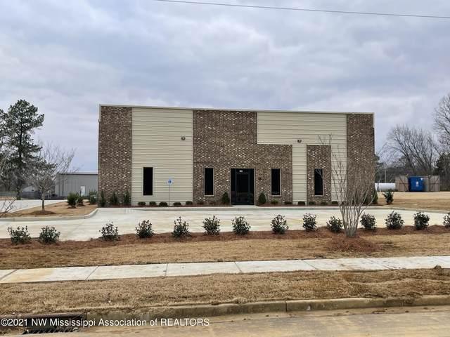 1295 Nesbit Drive, Nesbit, MS 38651 (MLS #333362) :: Gowen Property Group | Keller Williams Realty
