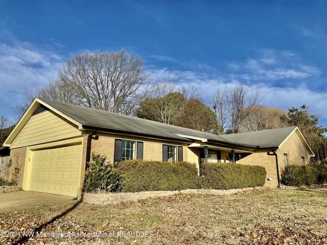 8427 E Farmington Drive, Southaven, MS 38671 (MLS #333415) :: The Justin Lance Team of Keller Williams Realty