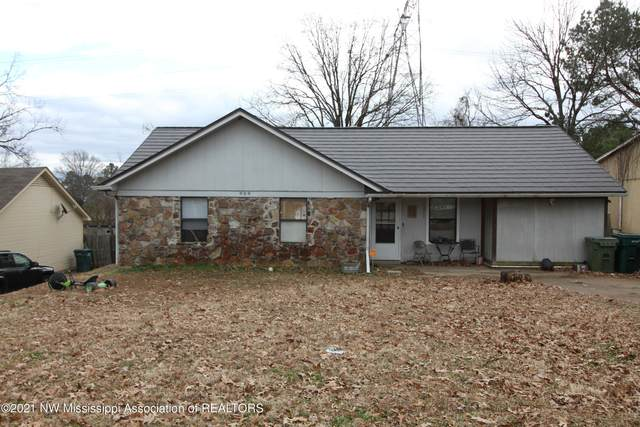899 Valley Springs Drive, Southaven, MS 38671 (MLS #333482) :: The Live Love Desoto Group