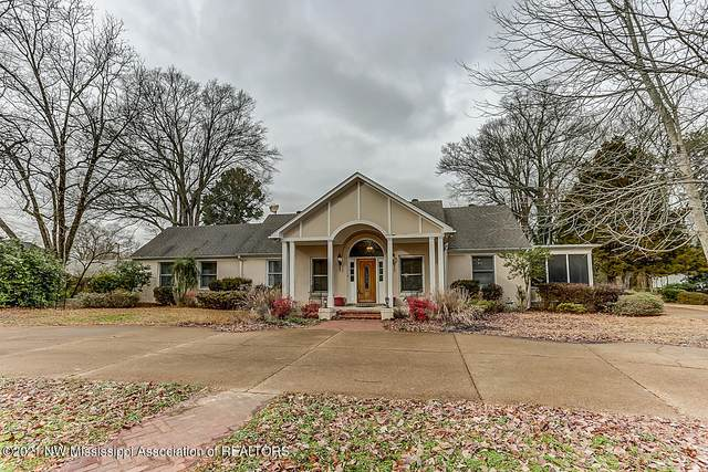 113 Church Street, Senatobia, MS 38668 (MLS #333535) :: The Live Love Desoto Group