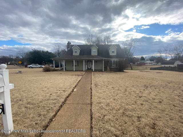 1225 N Five Oaks Drive, Southaven, MS 38671 (MLS #333568) :: Signature Realty
