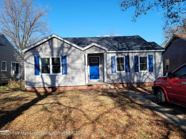 943 School Street, Clarksdale, MS 38614 (MLS #333851) :: The Live Love Desoto Group