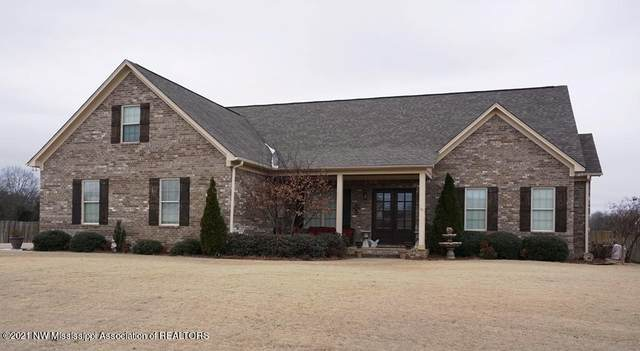 116 Janey Drive, Senatobia, MS 38668 (MLS #334115) :: The Live Love Desoto Group