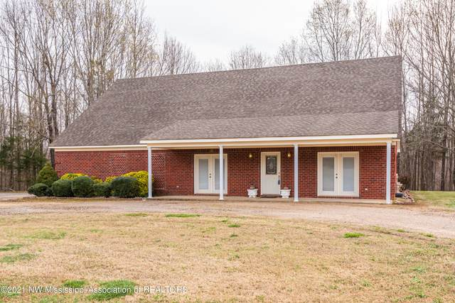 924 Mt Gilead Road, Holly Springs, MS 38635 (MLS #334330) :: The Live Love Desoto Group