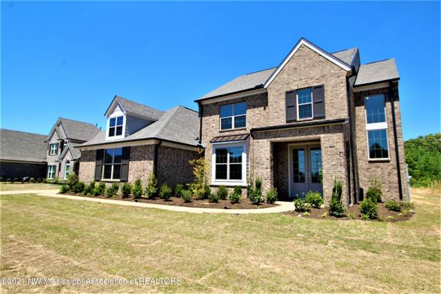 7434 Belle Manor Drive, Olive Branch, MS 38654 (MLS #334812) :: The Live Love Desoto Group