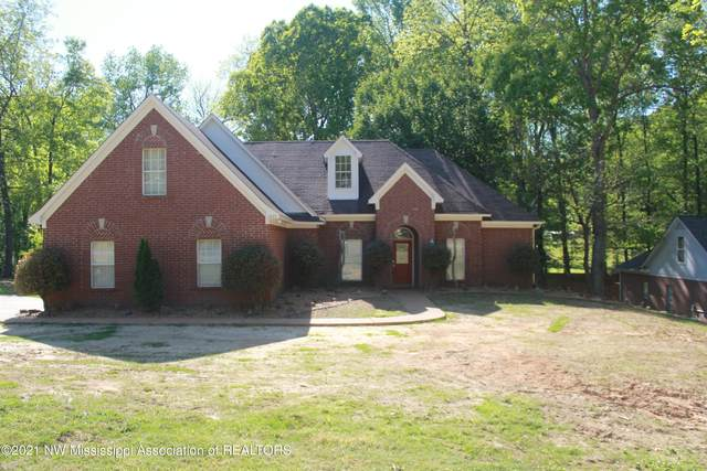 1235 Dogwood Hollow Drive, Nesbit, MS 38651 (MLS #334991) :: Gowen Property Group | Keller Williams Realty