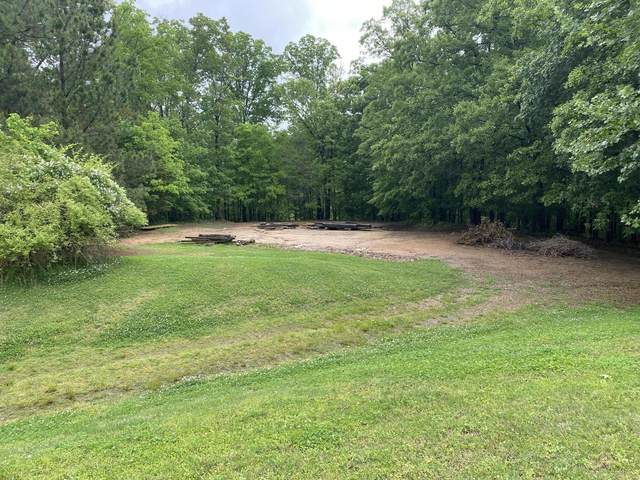 5200 N Forest Hill Drive, Olive Branch, MS 38654 (MLS #335404) :: The Live Love Desoto Group