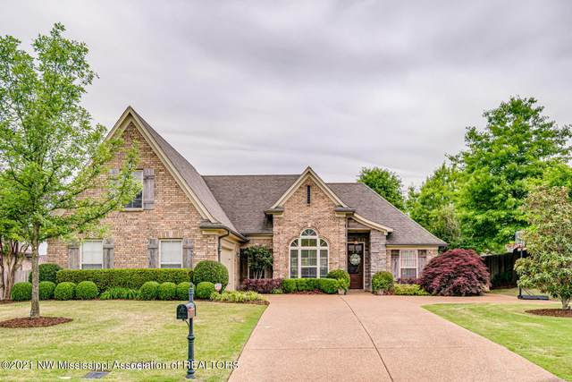 3295 Forest Bend Drive, Southaven, MS 38672 (MLS #335419) :: The Live Love Desoto Group