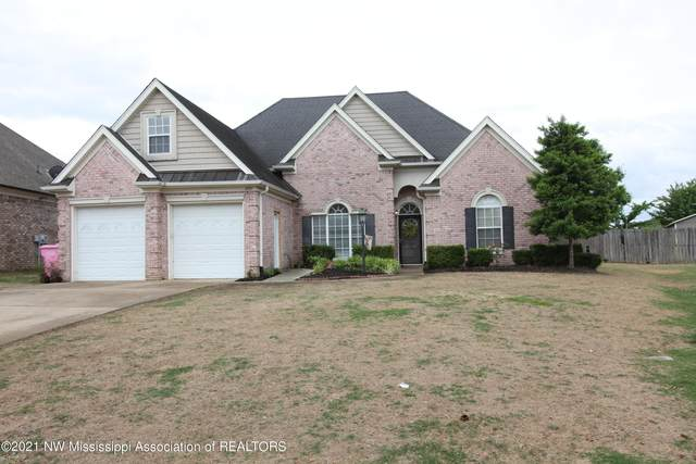 4951 W Rosebrook Circle, Southaven, MS 38672 (MLS #335516) :: The Justin Lance Team of Keller Williams Realty