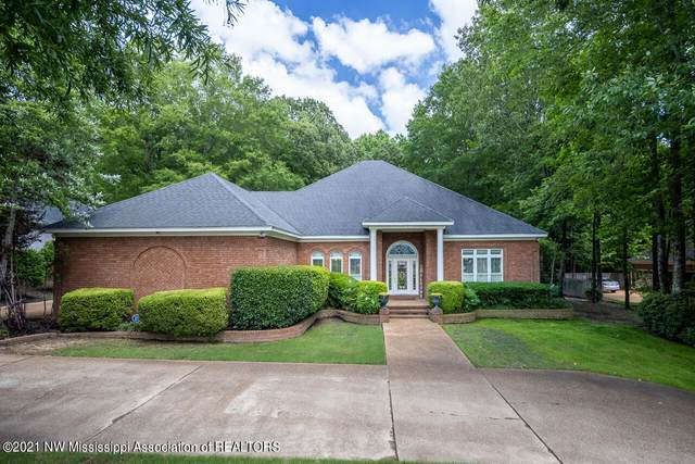 6150 Autumn Oaks Drive, Olive Branch, MS 38654 (MLS #335811) :: The Live Love Desoto Group