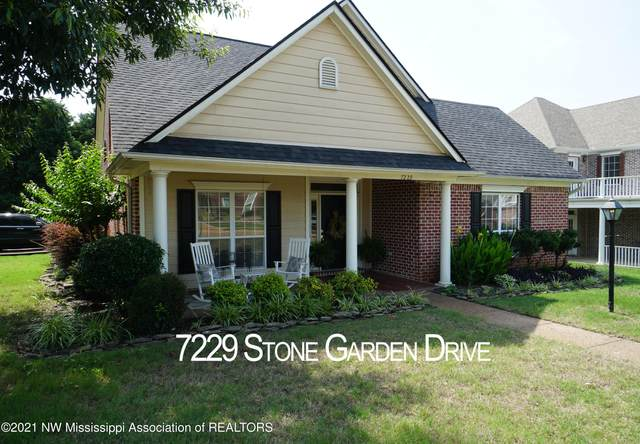 7229 Stone Garden Drive, Olive Branch, MS 38654 (MLS #335948) :: The Home Gurus, Keller Williams Realty