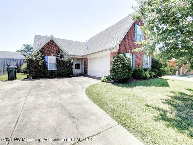 5694 Hunters Chase Drive, Southaven, MS 38672 (MLS #336010) :: The Live Love Desoto Group